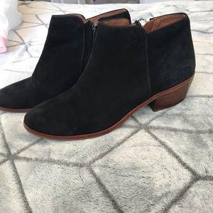Sam Edelman Shoes - Sam Edelman Petty Chelsea Boots size 5.5